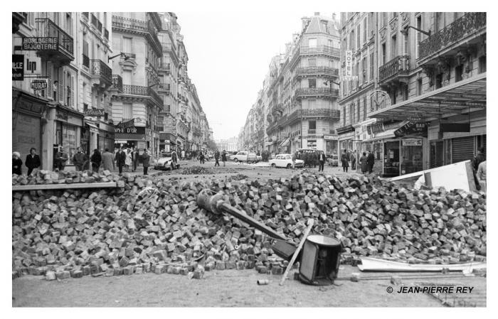 30.11-mai-1968-Nuit-des-barricades-J-P-Rey