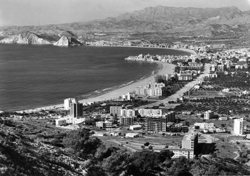 Spanish-coastlines-1960-B-011
