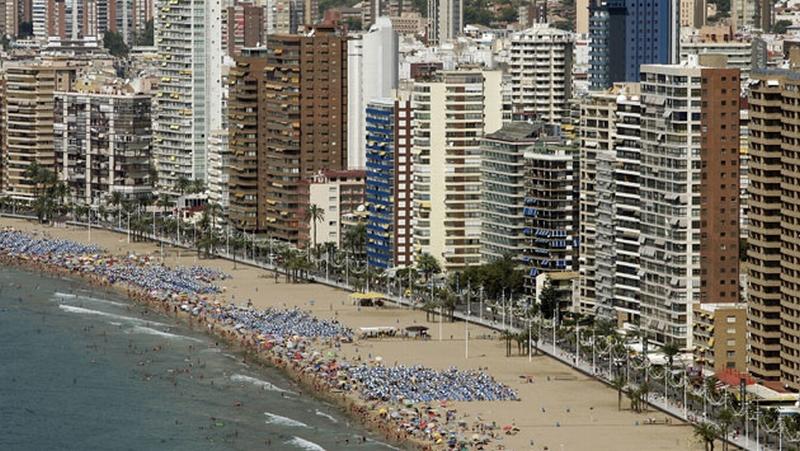 Spanish-coastlines-2007-A-004