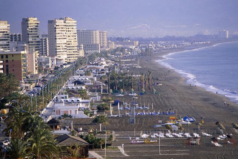 Spanish-coastlines-2007-T-012