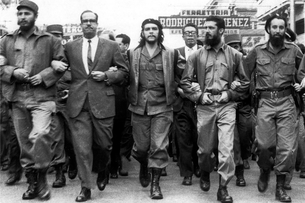 Castro-and-Guevara-Marching