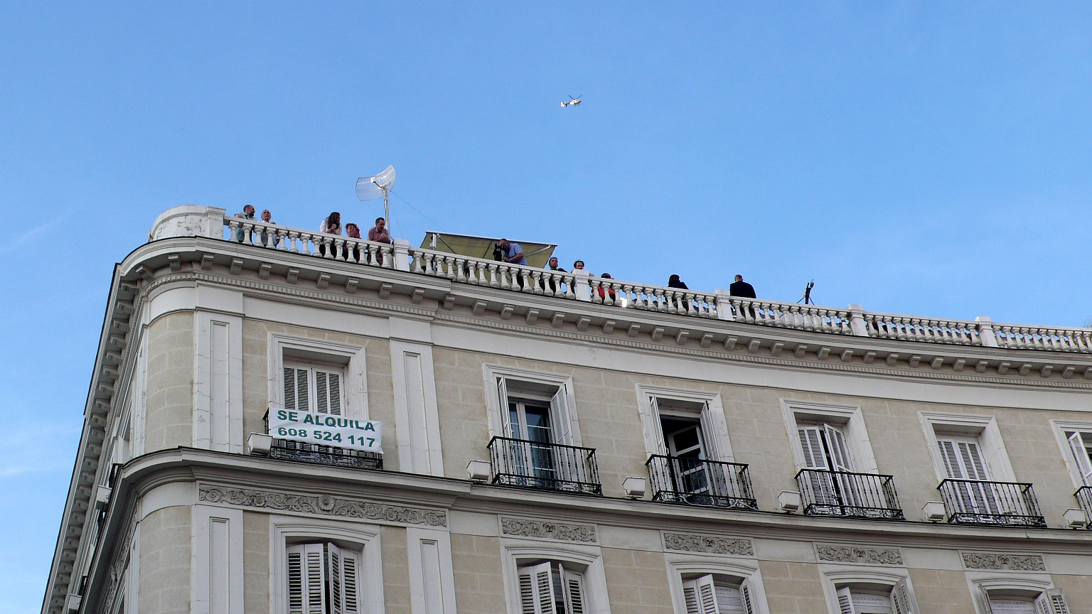 Puerta_del_Sol_Periodistas_2014_06_02