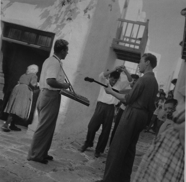 Μύκονος, 1950-55 Φωτ. Βούλα Παπαϊωάννου Φωτογραφικά Αρχεία Μουσείου Μπενάκη
