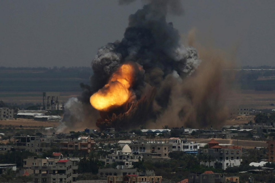8 Ιουλίου 2014, Ράφα, Έκρηξη κατά τη διάρκεια αεροπορικής επιδρομής του Ισραήλ