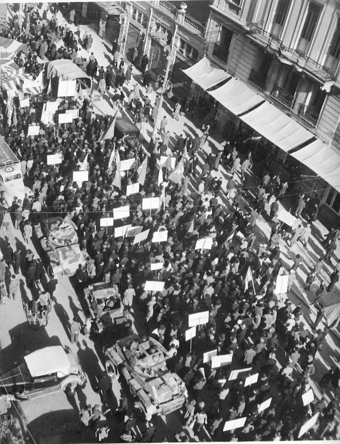 Είχε ξεκινήσει μια μεγάλη διαδήλωση