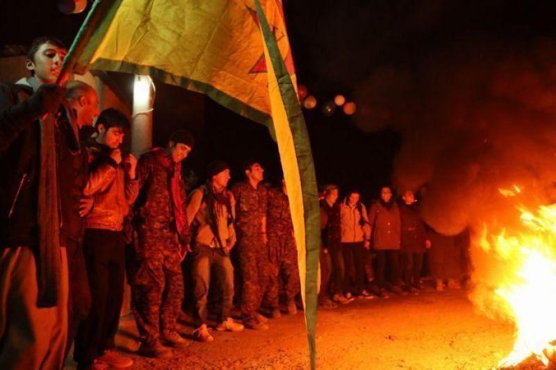 Πρώτες στιγμές πανηγυρισμών στο Kobane.