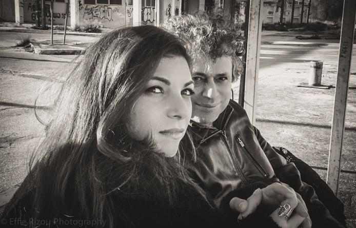 1 KYRMIZI GREGORIADIS  PROMO PHOTO CD LARVA 2015