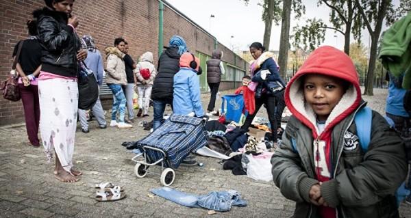 ολλανδια-προσφυγες2