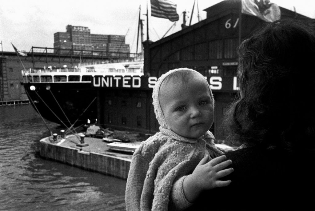 USA. New York City. 1951. A baby's arrival in the United States.