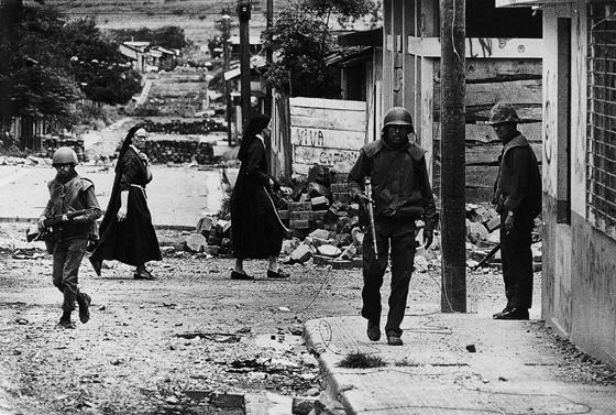 koen-wessing-nicaragua-1979