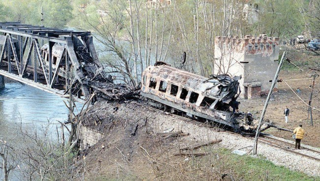 Serbia-NATO-bombing-199-650x3691