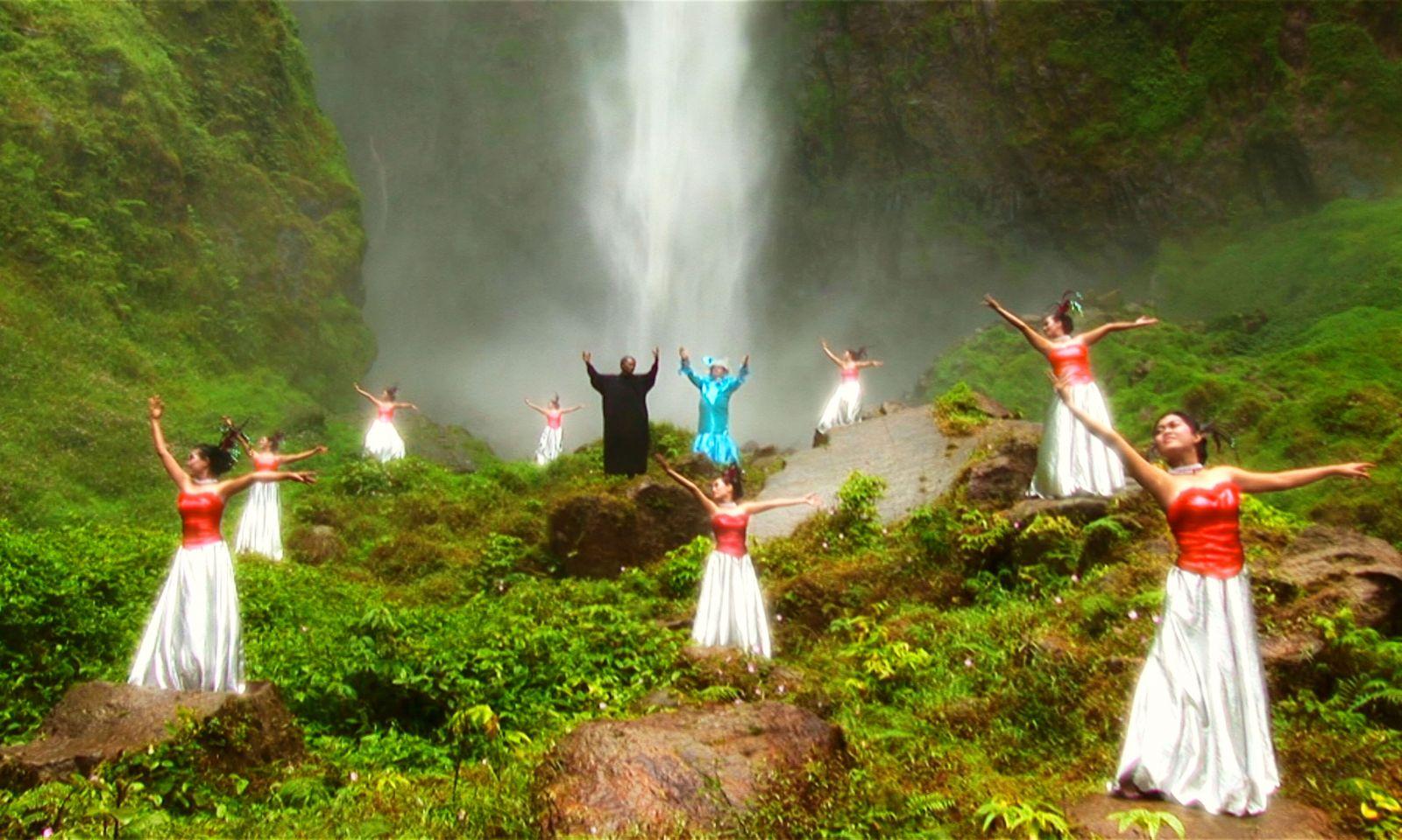 5_taok_waterfall_framegrab