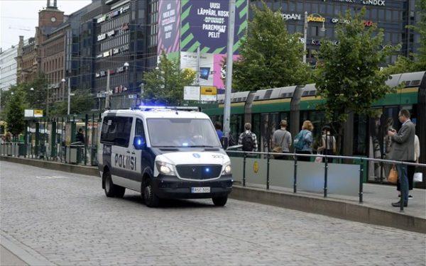 finnish-police-patrol-the-streets-after-stabbings-in-turku-in-central-helsinki